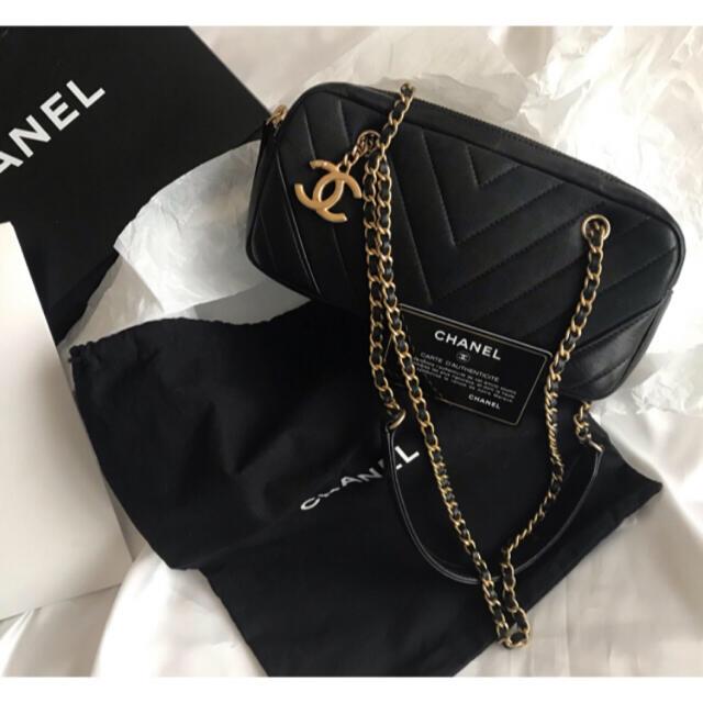 CHANEL(シャネル)のj様専用♡シャネル CHANEL Vステッチ ショルダーバッグ  レディースのバッグ(ショルダーバッグ)の商品写真