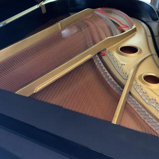 ヤマハ(ヤマハ)のグランドピアノ (YAMAHA製)(ピアノ)