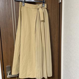 ジーユー(GU)のベージュ スカート Sサイズ(ロングスカート)