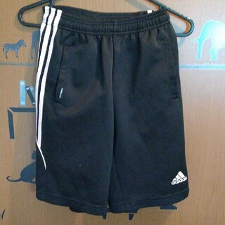 アディダス(adidas)のアディダスハーフパンツ(パンツ/スパッツ)