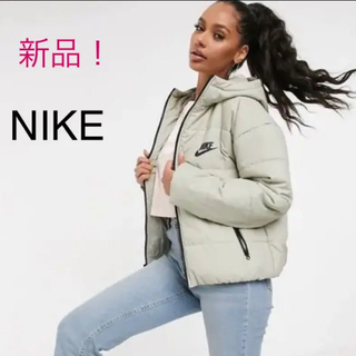 NIKE - 新品!NIKE ナイキバックロゴが可愛い! 【ナイキ】フードジャケット