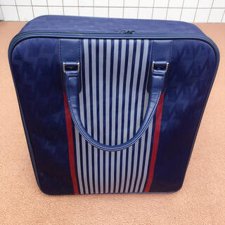 スーツケース(旅行用品)