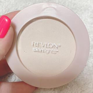 REVLON - レブロン スキンライトプレストパウダー103 ラメ入りフェイスパウダー