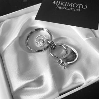 ミキモト(MIKIMOTO)のミキモトMIKIMOTO キーリング チャーム 猫 ネコ キーホルダー(キーホルダー)