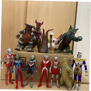 バンダイ(BANDAI)のウルトラマン、怪獣セット(キャラクターグッズ)