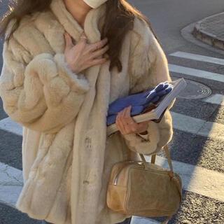 ZARA - lady fur coat
