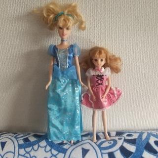ディズニー(Disney)のリカちゃん&シンデレラ人形 2点セット(人形)