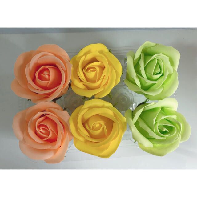 ソープフラワー花材♡ローズヘッド(イエロー)6輪 ハンドメイドのフラワー/ガーデン(その他)の商品写真