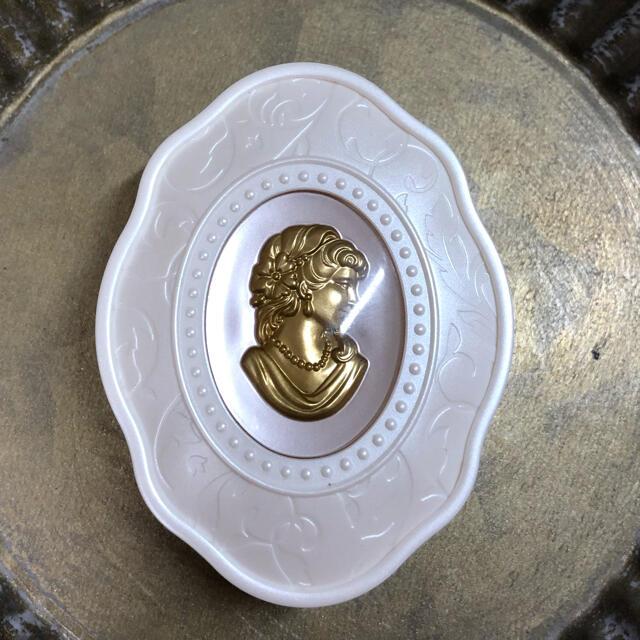 Les Merveilleuses LADUREE(レメルヴェイユーズラデュレ)のレ・メルヴェイユーズラデュレ チークカラー20 コスメ/美容のベースメイク/化粧品(チーク)の商品写真