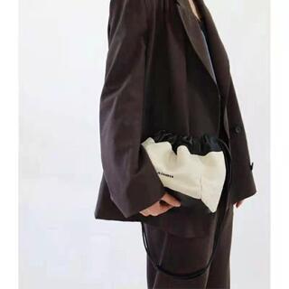 ジルサンダー(Jil Sander)の新品☆ジルサンダードローストリング クロスボディリバーシブルショルダーバッグ(ショルダーバッグ)
