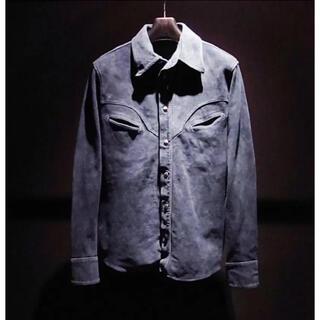 イサムカタヤマバックラッシュ(ISAMUKATAYAMA BACKLASH)の(定価148500)バックラッシュBACKLASH・カーフスエード レザーシャツ(シャツ)