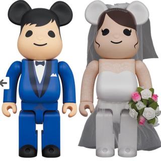 メディコムトイ(MEDICOM TOY)のBE@RBRICK グリーティング結婚 4 PLUS 100% 400%(その他)