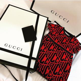 グッチ(Gucci)のGUCCI baby ワンピース(ロンパース)