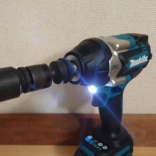 マキタ(Makita)のマキタ 18V 新品 充電式インパクトレンチ TW700D(メンテナンス用品)