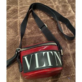 ヴァレンティノ(VALENTINO)のVALENTINO♡斜め掛けショルダーバッグ(ショルダーバッグ)