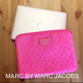マークバイマークジェイコブス(MARC BY MARC JACOBS)の【美品】PCケース Marc by Marc jacobs(PC周辺機器)