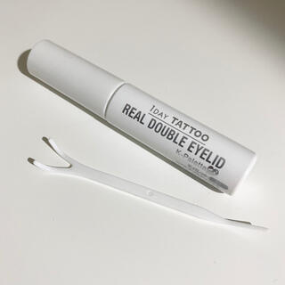 ケーパレット(K-Palette)のリアルダブルアイリッド 二重瞼形成化粧品(アイテープ)