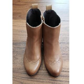 サヴァサヴァ(cavacava)の革のブーツ(ブーツ)