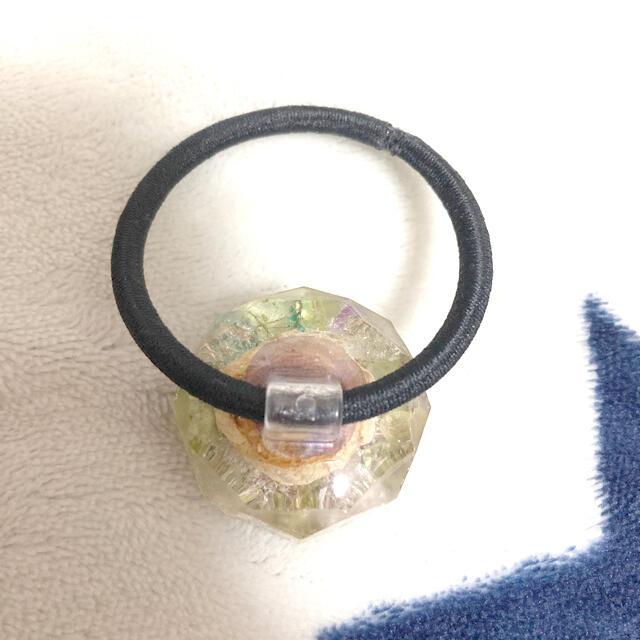 Q-pot.(キューポット)のレジン ミニ薔薇 イエロー ヘアゴム  ハンドメイドのアクセサリー(ヘアアクセサリー)の商品写真