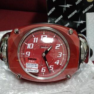 セイコー(SEIKO)のRAIDEN 目覚まし時計赤色  新品未使用(置時計)