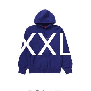 シュプリーム(Supreme)のKAWS Chalk Logo HoodedSweatshirt navyXXL(パーカー)
