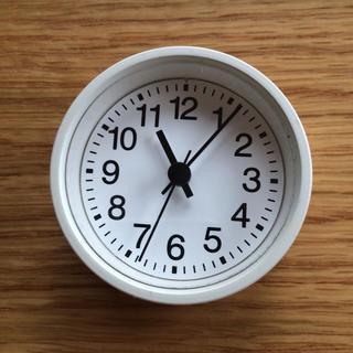 ムジルシリョウヒン(MUJI (無印良品))のマグネット付き時計(掛時計/柱時計)