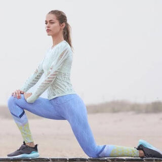 Alo yoga wanderer ロングスリーブ Marine ソフトグリーン(ヨガ)
