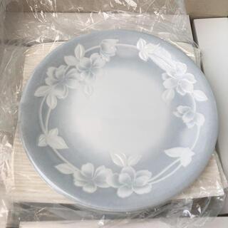 ユミカツラ(YUMI KATSURA)の週末出品取り消します 桂由美 お皿セット 大皿小皿7枚とフォーク(食器)