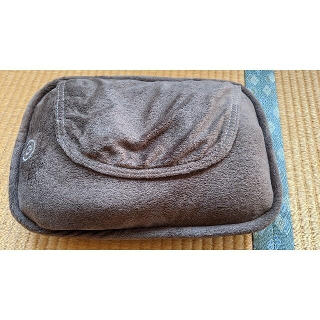 OMRON(オムロン)のオムロン マッサージクッション ブラウン HM-341-BW コスメ/美容のボディケア(フットケア)の商品写真