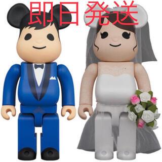 メディコムトイ(MEDICOM TOY)のBE@RBRICK グリーティング結婚 4 PLUS 400%&100%セット (キャラクターグッズ)