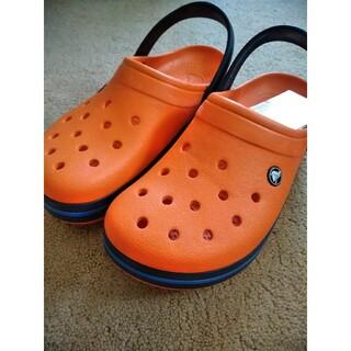 crocs - 【激安送料込み】大人気早い者勝ちオレンジcrocs クロックスサンダル 24cm