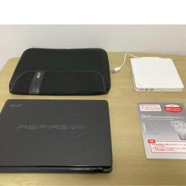 Acer(エイサー)の11.6インチ ノートパソコン acer ASPIRE one スマホ/家電/カメラのPC/タブレット(ノートPC)の商品写真