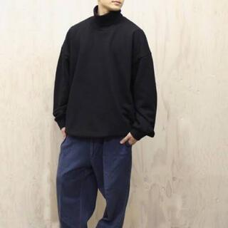 1LDK SELECT - [久米繊維] BIG TURTLE NECK SWEAT BLACK