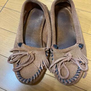 ミネトンカ(Minnetonka)の激安で(ローファー/革靴)