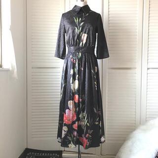 AIZHE エーズフ 黒 ボタニカル 花柄 フレア ロングワンピース(ロングワンピース/マキシワンピース)