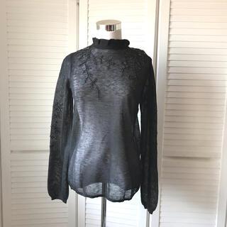 ザラ(ZARA)のZARA ザラ 黒 ビーズ 刺繍 薄手 クラシカル ニット(ニット/セーター)