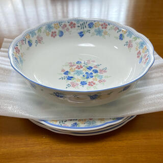 NIKKO FINE BONE CHINA LIBERTY 食器4枚セット