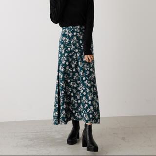 アズールバイマウジー(AZUL by moussy)のロングスカート 花柄 アズールバイマウジー M グリーン(ロングスカート)