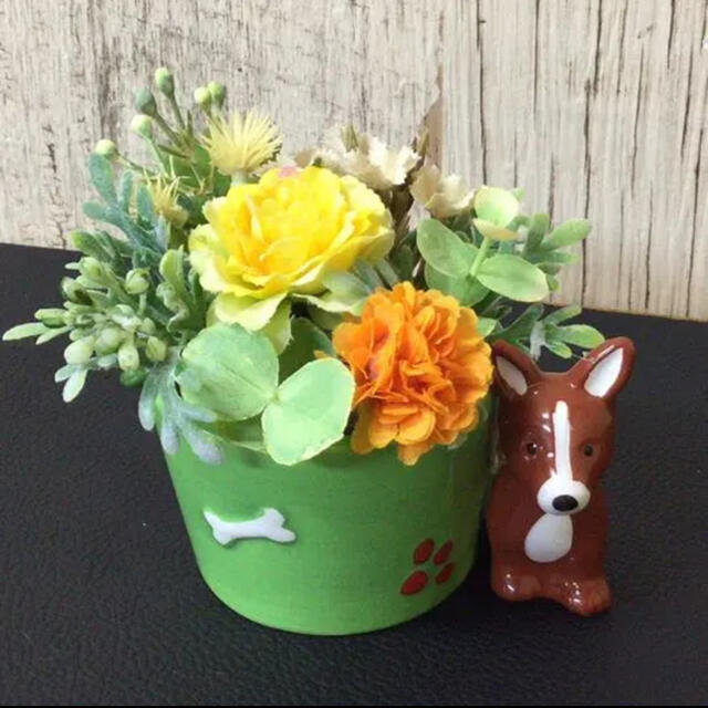 ワンちゃんの花鉢 ハンドメイドのフラワー/ガーデン(その他)の商品写真