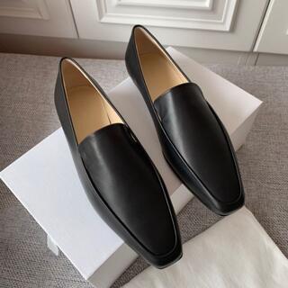 Drawer - The Row écru flat shoes