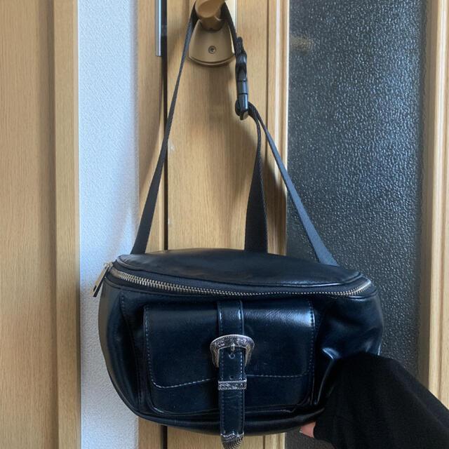 EVRIS(エヴリス)のEVRIS ウエストポーチ レディースのバッグ(ボディバッグ/ウエストポーチ)の商品写真