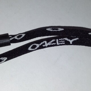 オークリー(Oakley)の土日限定お値引き‼️新品·未使用‼️オークリー·グラスホルダー 黒(その他)