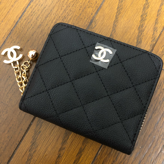 CHANEL(シャネル)のCHANELノベルティ財布 レディースのファッション小物(財布)の商品写真
