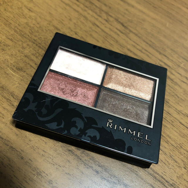 RIMMEL(リンメル)の[RIMMEL]ロイヤルヴィンテージアイズ016 コスメ/美容のベースメイク/化粧品(アイシャドウ)の商品写真