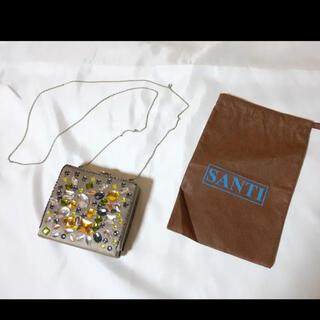 サンティ(SANTI)の未使用品 SANTI ビジュウ付きクラッチバッグ (クラッチバッグ)