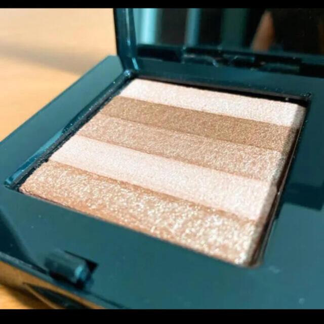 BOBBI BROWN(ボビイブラウン)のボビーブラウン シマーブリック コスメ/美容のベースメイク/化粧品(フェイスカラー)の商品写真