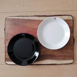イッタラ(iittala)のイッタラ ティーマ プレート 2点セット 新品 未使用(食器)