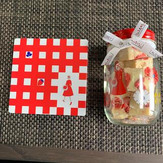 タカシマヤ(髙島屋)のオードリー クッキー缶とストロベリーショコラ小セット(菓子/デザート)