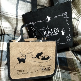 カルディ(KALDI)のカルディ2021ネコの日バッグ 2点セット ネコの日バッグプレミアム(菓子/デザート)