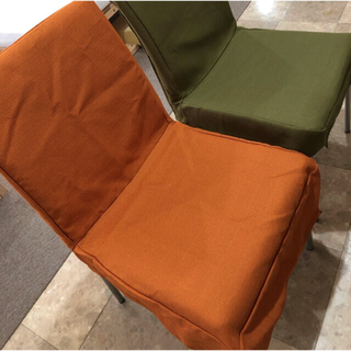 ニトリ(ニトリ)の椅子カバー6枚 オレンジ&グリーン3枚ずつ(ダイニングチェア)